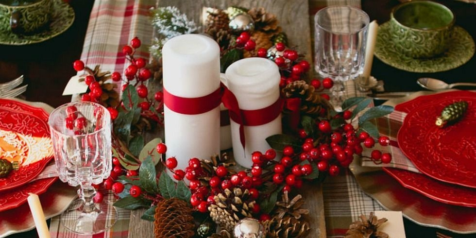 31 Christmas Table Decorations Amp Place Settings Holiday Tablescapes - Christmas Moment